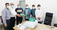 শামসুদ্দীন হাসপাতালে চেম্বারের চিকিৎসা সামগ্রী প্রদান